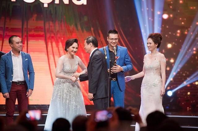 Đạo diễn Khải Anh lo Bảo Thanh và Thu Quỳnh thù hằn nhau vì giải thưởng VTV Awards - Ảnh 4.