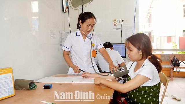 Nam Định: Nhiều hoạt động thiết thực đẩy mạnh xã hội hóa chăm sóc sức khỏe sinh sản, kế hoạch hóa gia đình - Ảnh 1.
