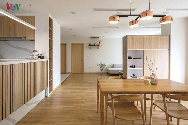 Không gian hiện đại, văn minh, tràn đầy sức sống trong căn hộ 126 m2 ở Hà Nội - Ảnh 2.