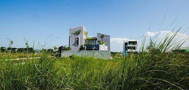 Nhà kiểu Tây trát thô sang trọng vẫn đượm văn hóa 3 miền ở vùng quê Đà Nẵng - Ảnh 1.