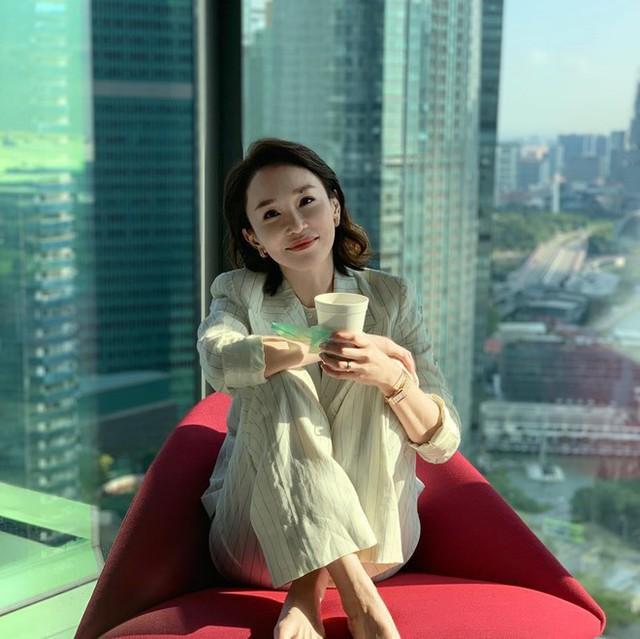 Nhan sắc mặn mà của Tiểu Long Nữ Phạm Văn Phương ở tuổi U50 - Ảnh 15.