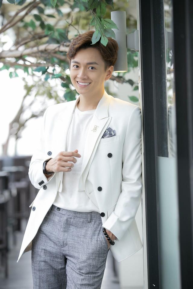 Ngô Kiến Huy lần đầu nói về mối quan hệ với tình cũ Khổng Tú Quỳnh sau khi kết thúc chuyện tình 8 năm - Ảnh 3.