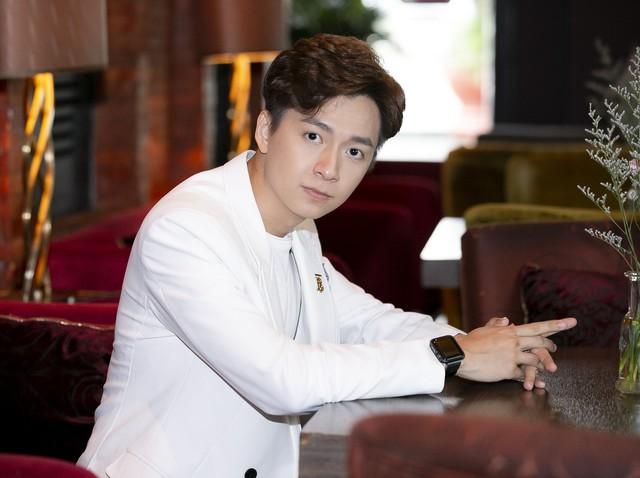 Ngô Kiến Huy lần đầu nói về mối quan hệ với tình cũ Khổng Tú Quỳnh sau khi kết thúc chuyện tình 8 năm - Ảnh 4.