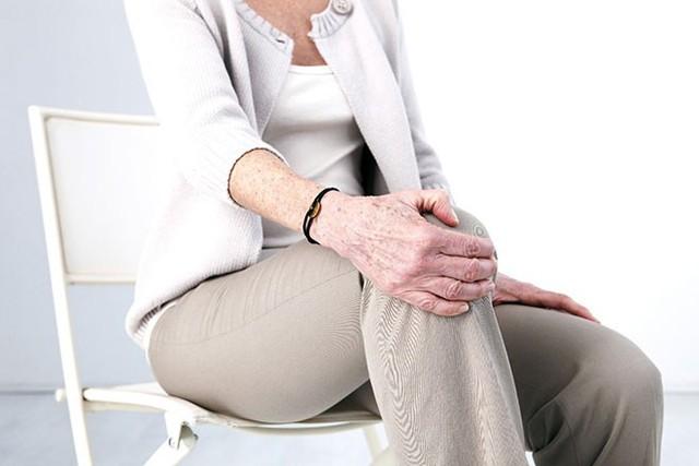 Hơn 88% bệnh nhân trên 70 tuổi bị thoái hóa khớp gối - Ảnh 1.