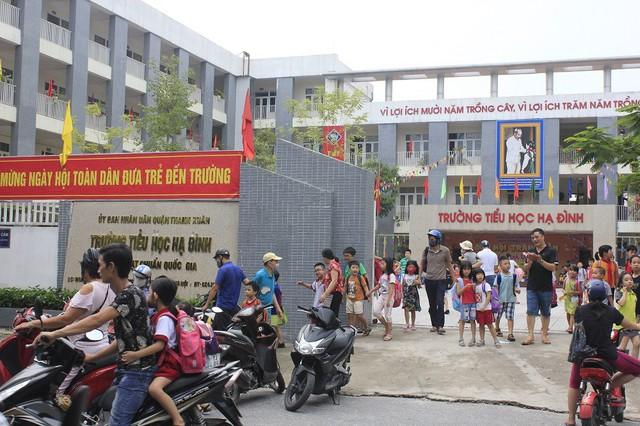 Phường Hạ Đình, quận Thanh Xuân, Hà Nội: Học sinh nghỉ học với nhiều lý do - Ảnh 1.