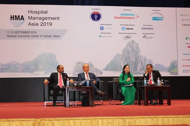 Bộ trưởng Bộ Y tế chia sẻ chuyện gần 1 thập kỷ cải cách chất lượng chăm sóc sức khoẻ người dân - Ảnh 1.
