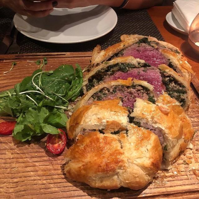 5 nhà hàng steak đắt xắt ra miếng nổi tiếng ở Hà Nội - Ảnh 15.