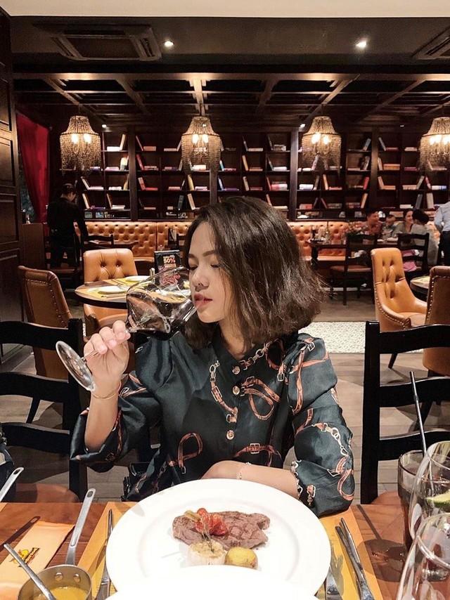 5 nhà hàng steak đắt xắt ra miếng nổi tiếng ở Hà Nội - Ảnh 22.