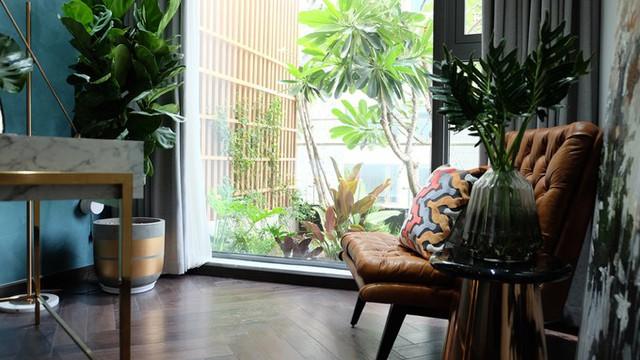 Căn hộ thông tầng nhìn ra khu vườn 20 m2 của chủ nhà cá tính ở quận 2, TPHCM - Ảnh 7.