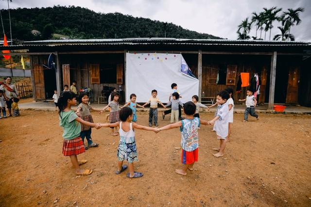 Lớp học của 2 cô giáo và 34 học sinh giữa đỉnh trời - Ảnh 17.