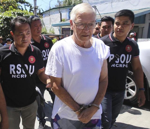 Linh mục xâm hại tình dục lễ sinh - bí mật mở ở ngôi làng Philippines - Ảnh 4.