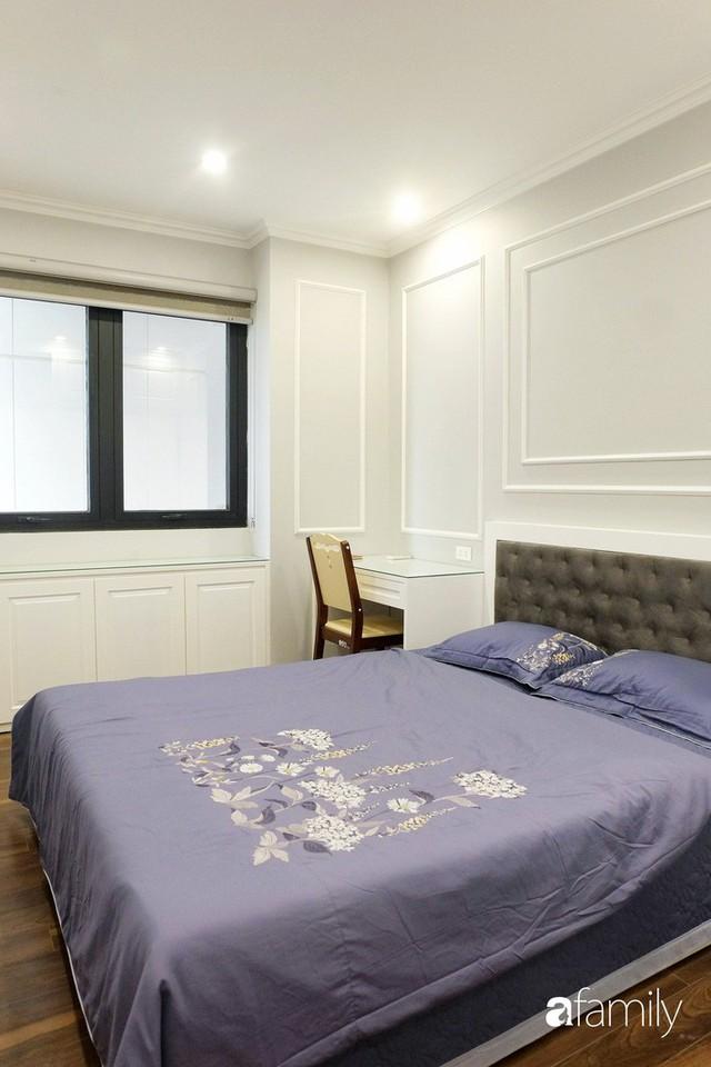 Từ hiện trạng trống trơn, căn hộ 81m² mặc chiếc áo tân cổ điển đẹp sang trọng với chi phí thi công 175 triệu ở Long Biên - Ảnh 14.