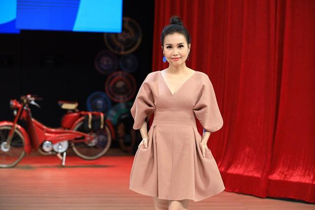 NSND Hồng Vân: Khi ra Hà Nội diễn, tôi bị khán giả phản ứng khủng khiếp và tẩy chay - Ảnh 3.