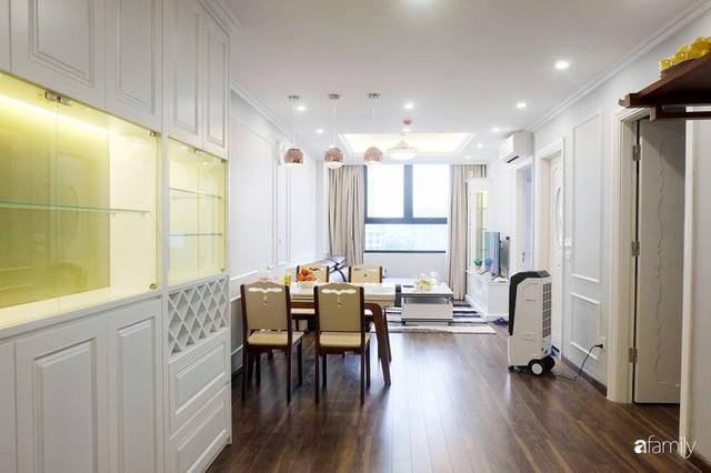 Từ hiện trạng trống trơn, căn hộ 81m² mặc chiếc áo tân cổ điển đẹp sang trọng với chi phí thi công 175 triệu ở Long Biên - Ảnh 6.