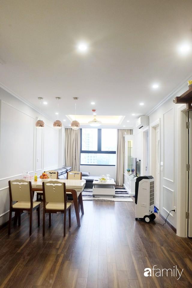 Từ hiện trạng trống trơn, căn hộ 81m² mặc chiếc áo tân cổ điển đẹp sang trọng với chi phí thi công 175 triệu ở Long Biên - Ảnh 8.