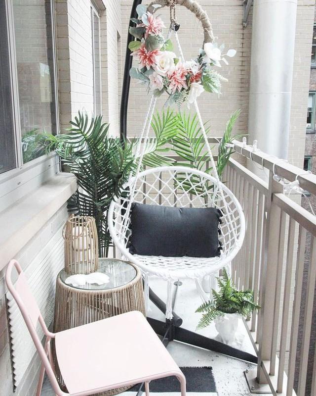 10 cách biến ban công nhà bạn thành nơi nghỉ dưỡng ai nhìn cũng mê mẩn - Ảnh 2.