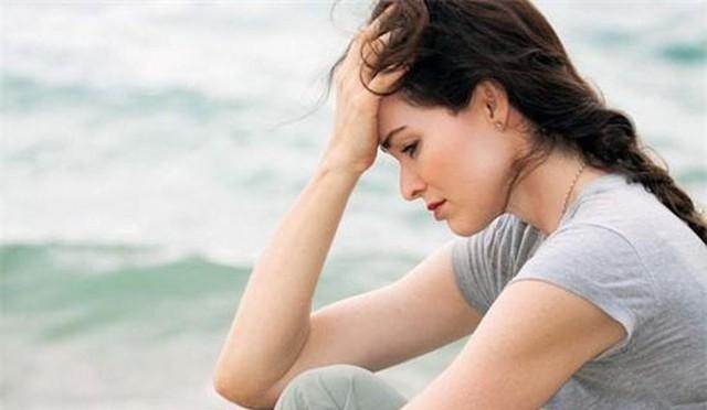 Căm ghét chị dâu keo kiệt, đến khi thấy chị ôm bọc đồ sơ sinh vào nghĩa địa, tôi mới bật khóc vì hối hận - Ảnh 2.