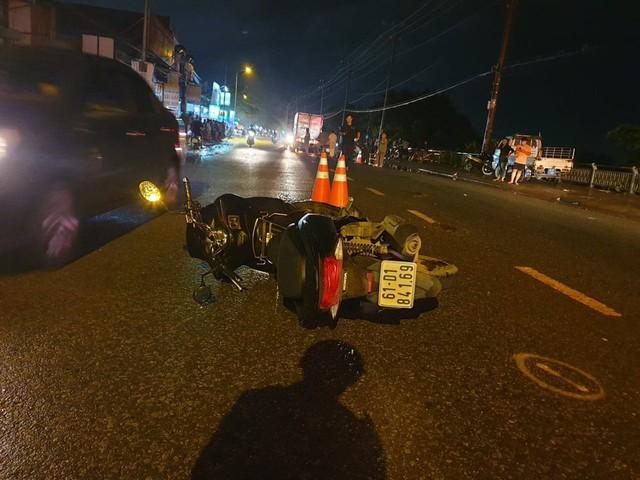 Va chạm xe máy trên đường, người đàn ông bị cuốn vào gầm xe tải tử vong - Ảnh 2.