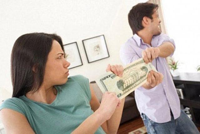 Từ vụ chồng sát hại vợ trong bữa cơm: Vợ chồng còn làm điều này, mâu thuẫn nhỏ cũng thành bi kịch - Ảnh 1.