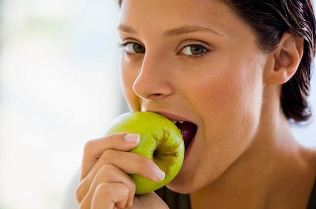 6 thực phẩm độc chẳng kém gì thuốc lá nhưng nhiều người vẫn sẵn sàng mua  - Ảnh 3.