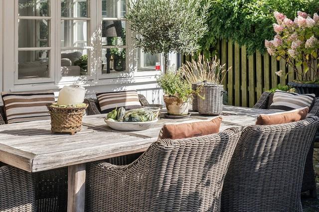 Ngôi nhà vườn với những góc nhìn chan hòa ánh nắng và cây xanh ở chốn ngoại ô trong lành - Ảnh 5.
