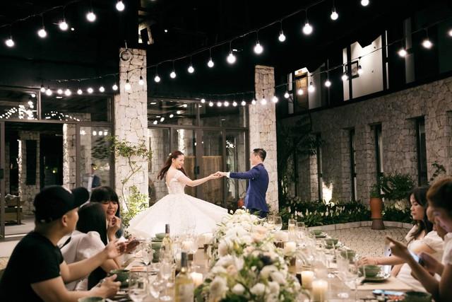 Vợ chồng Phan Như Thảo kỷ niệm ba năm chung sống - Ảnh 11.