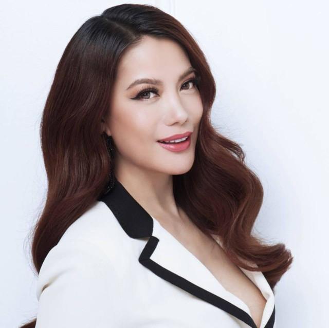 Trương Ngọc Ánh tuổi 43 vẫn sexy nghẹt thở - Ảnh 12.