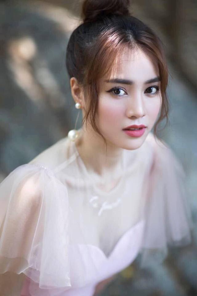 Nhìn lại nhan sắc dàn mỹ nhân sở hữu mắt to hút hồn của showbiz Việt qua từng thời kỳ - Ảnh 12.