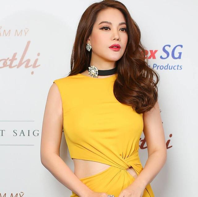 Trương Ngọc Ánh tuổi 43 vẫn sexy nghẹt thở - Ảnh 4.