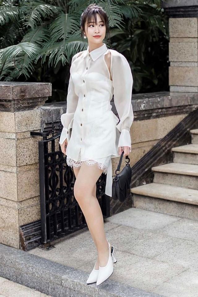 Hà Hồ mặc đồ bơi khoe dáng sexy, Tăng Thanh Hà bị chê thiếu tinh tế - Ảnh 8.