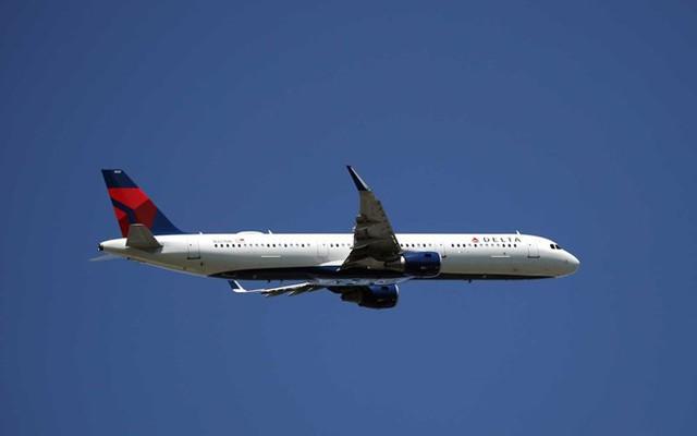 Máy bay Mỹ rơi 9.000 m trong 7 phút, hành khách hoảng hốt - Ảnh 2.