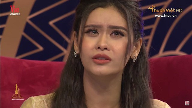 Trương Quỳnh Anh bật khóc: Đến với Tim, tôi mất tất cả mọi thứ, mất quản lý, bạn bè, cha mẹ - Ảnh 1.