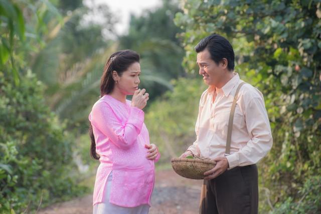 Tiếng sét trong mưa: Cao Minh Đạt cưới vợ kém 8 tuổi, khao khát có con ở tuổi 44 và nỗi sợ bà xã xem cảnh nóng - Ảnh 3.