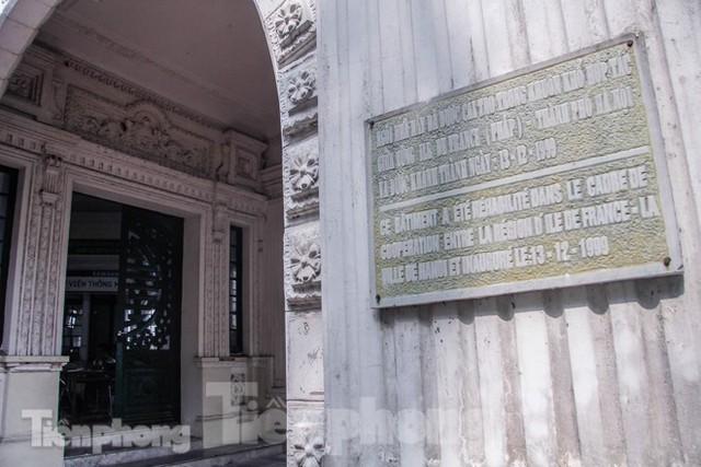 Vẻ đẹp của thư viện nằm trong biệt thự hơn 100 tuổi - Ảnh 4.