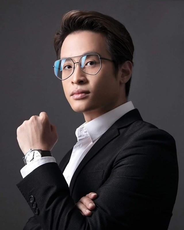 Hà Anh Tuấn và người nổi tiếng xuất thân từ THPT chuyên Lê Hồng Phong - Ảnh 9.