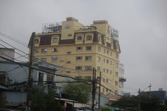 Vụ Địa ốc Alibaba lừa đảo: Gia hạn tạm giữ Nguyễn Thái Luyện - Ảnh 2.