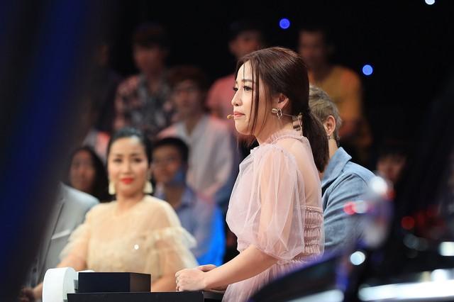 Ký ức vui vẻ: Lặng người khi Lam Trường kể chuyện lén nhìn Ngọc Sơn hát, cầm micro mà run tay muốn đánh rơi - Ảnh 2.