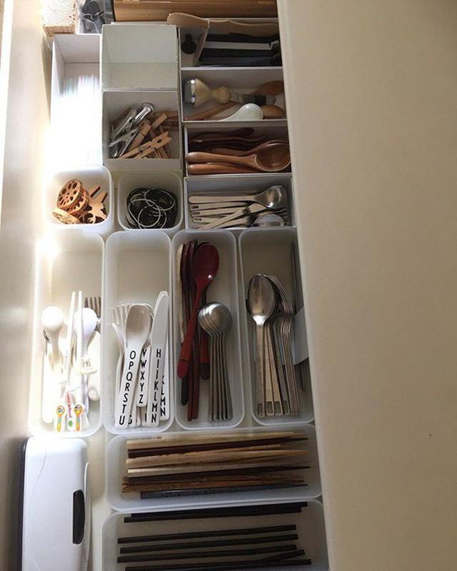 Những gợi ý không thể tuyệt hơn giúp phân chia ngăn kéo để lưu trữ đồ trong bếp vô cùng tiện lợi - Ảnh 3.