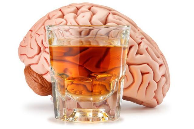 Uống rượu bia thường xuyên sẽ ảnh hưởng nghiêm trọng đến nội tạng - Ảnh 2.