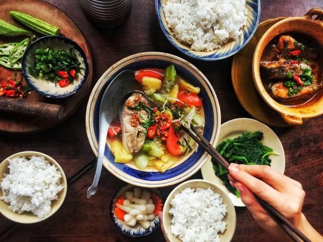Sức mạnh không ngờ của bữa cơm gia đình khiến nhiều người ngỡ ngàng - Ảnh 1.