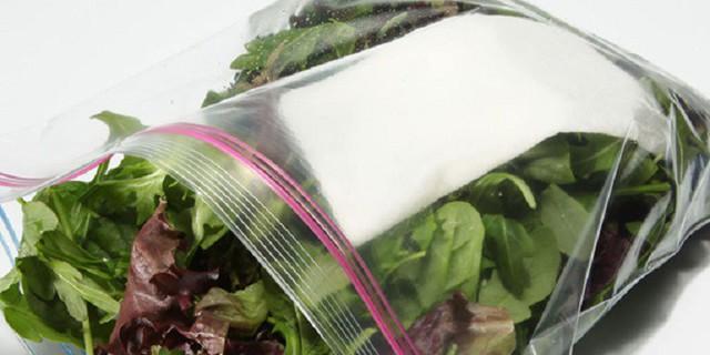 Rau củ để trong tủ lạnh cả tuần lấy ra vẫn như mới mua chỉ với mẹo nhỏ