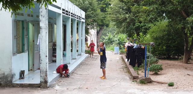 Giám đốc Trung tâm nuôi dưỡng người già và trẻ tàn tật Hà Nội trần tình vụ việc cán bộ ăn chặn hàng từ thiện - Ảnh 3.