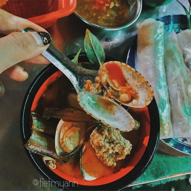 Phở chua và những món ăn lạ vị hút khách ở TP.HCM  - Ảnh 6.