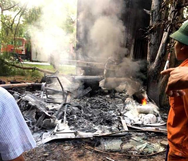 Tai nạn thương tâm tại Hải Dương: Tài xế chết cháy trong ca bin - Ảnh 1.