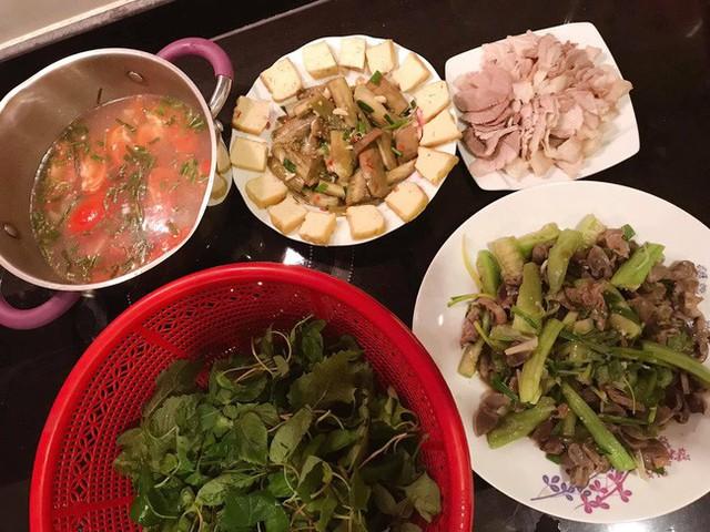 Kết hôn 3 tháng, MC Phí Linh hé lộ đoạn hội thoại cực ngọt với ông xã, chứng minh cuộc sống hôn nhân trong mơ - Ảnh 3.