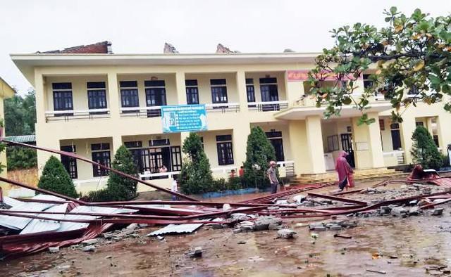 Lụt cục bộ, nhiều trường học tại Hà Tĩnh có nguy cơ không thể khai giảng - Ảnh 5.