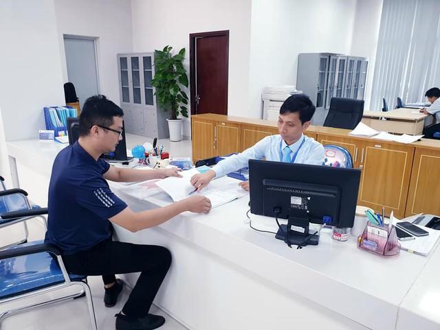 Quảng Ninh đưa trụ sở Trung tâm Phục vụ Hành chính công vào phục vụ người dân, doanh nghiệp - Ảnh 2.