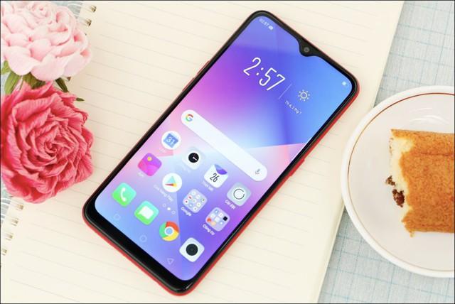 Chân dung 10 smartphone bán chạy nhất tại Việt Nam - Ảnh 2.