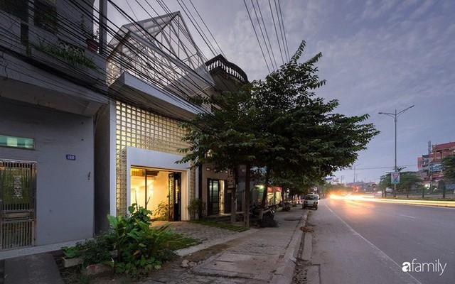 Nhà chồng mái, tổ ấm hiện đại không chỗ nào chê được của cặp vợ chồng trẻ 9X ở Thái Nguyên - Ảnh 2.