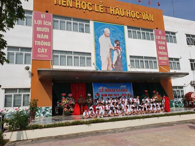 Trường tiểu học Lê Quý Đôn (Hà Đông, Hà Nội) hân hoan chào đón 460 sinh viên đại học chữ to - Ảnh 11.